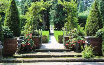 large victorian garden, victorian garden style, garden designer Western MA, garden design, landscape architect Western MA, landscape architecture Springfield MA